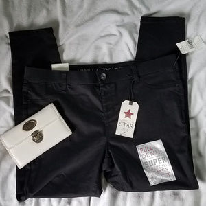 Vanilla Star Pull-On Denim Skinny Jeans